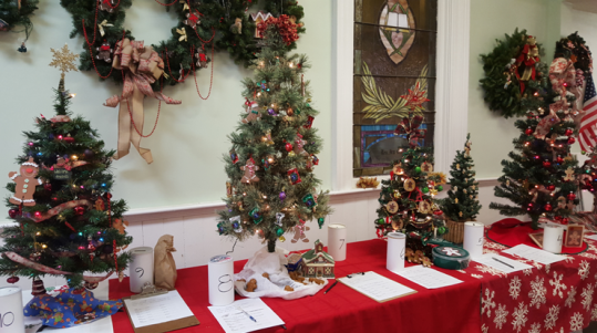 festival-of-trees-display