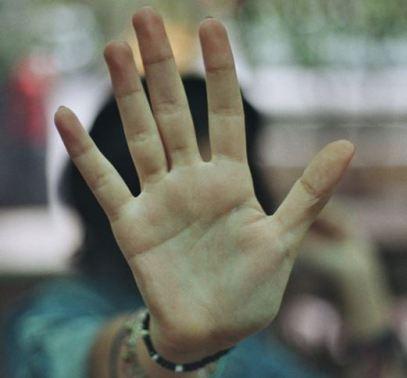 Correction - Hand Crop